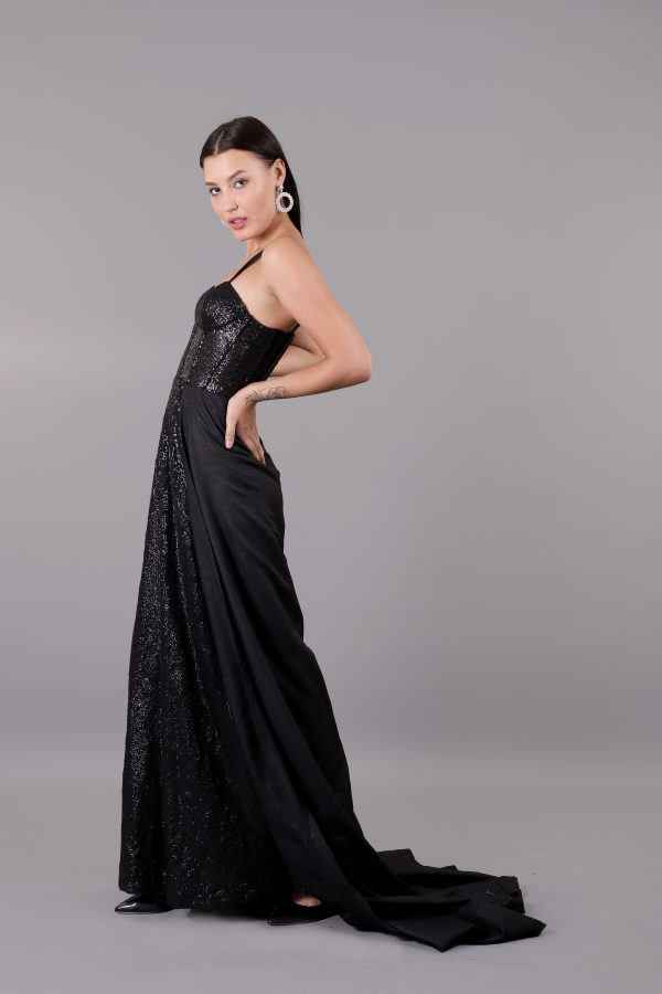 BLACK-GOWN